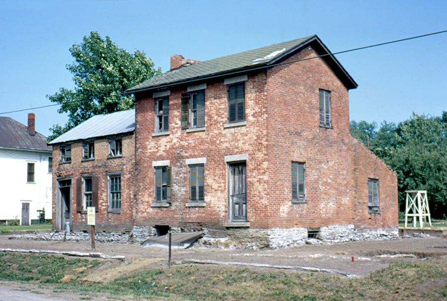 Jonathan Browning home and shop before extensive restoration was completed. Photo by Raleigh Davis.