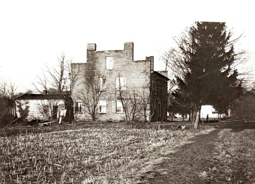 Original John Johnson Inn, Kirtland, Ohio. Photo from LDSCA.