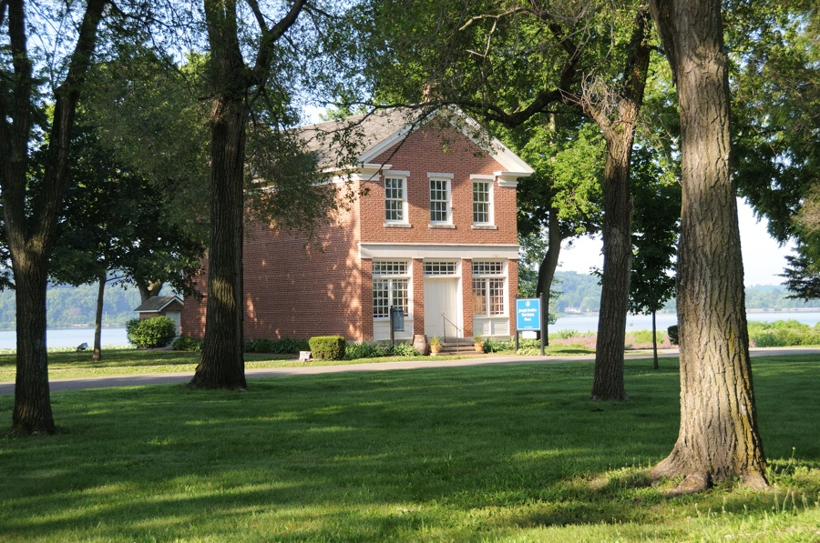 Rebuilt Red Brick Store, Nauvoo, IL. Photo by Kenneth Mays.