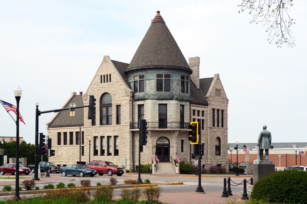 The History Museum, Quincy, Illinois. A room on the first floor is dedicated to Mormon history. Photo by Kenneth Mays