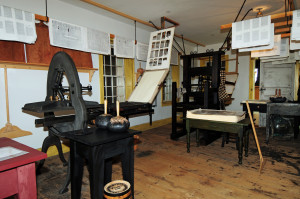 Replica Smith Acorn Press on the third floor of the Grandin shop in Palmyra, NY. Photo by Kenneth Mays.