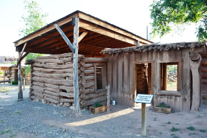 Original Barton cabin at Bluff Fort. Photo by Kenneth Mays.