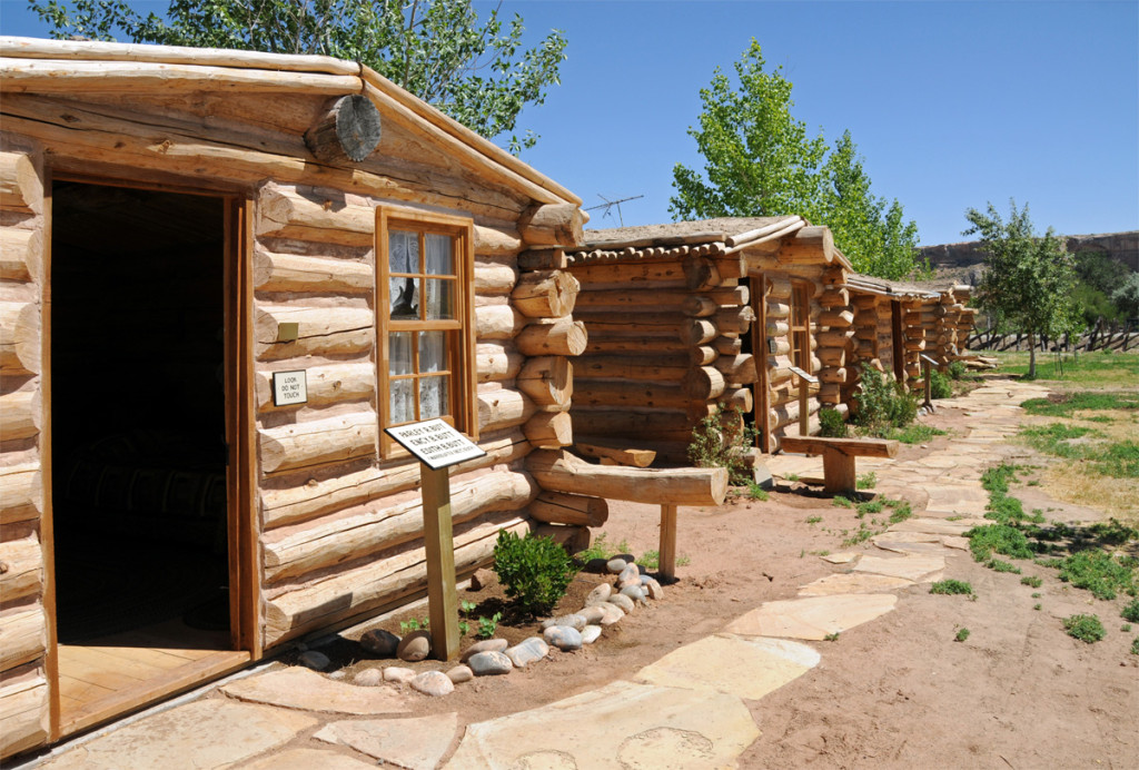 Cabins in the recreated Bluff Fort. Photo by Kenneth Mays.