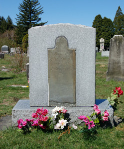 Headstone of Alvin, first child of Emma and Joseph Smith. Photo by Kenneth Mays.