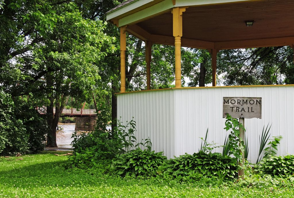 Gazebo at Bentonsport, Iowa with sign noting the Mormon Trail. Photo by Kenneth Mays.