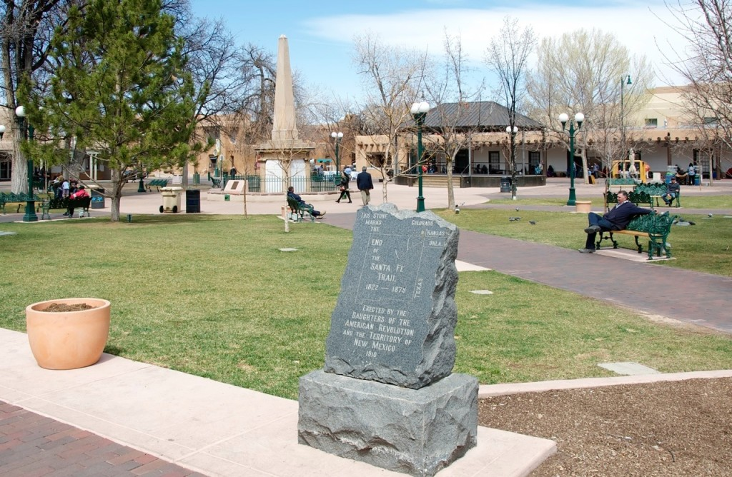 A historical marker in the town square interprets the importance of Santa Fe. Photo by Kenneth Mays.
