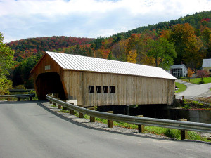 Replacement covered bridge at Tunbridge, VT. Photo (2001) by Kenneth Mays.